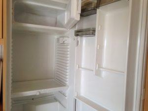 Gefrierfach im Kühlschrank abtauen 3