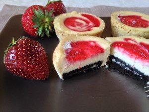 Oreo-Erdbeer-Cheesecake Muffins