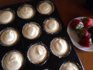 Oreo-Erdbeer-Cheesecake Muffins 7