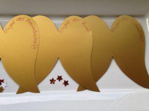 diy-lichtengel-im-goldenen-gewand-2