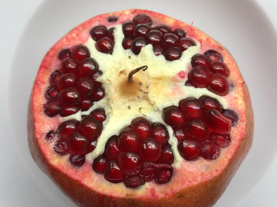 Granatapfel richtig öffnen
