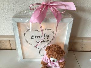 Einzigartiges Geschenk zur Geburt - Lichtrahmen mit Spruch basteln