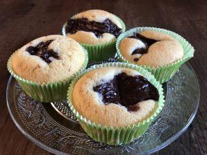 Glutenfreie Muffins mit Schokopudding
