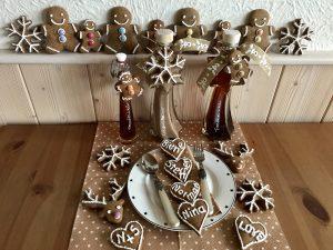 Lebkuchenmänner, Tischkärtchen und Deko