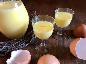 Einfaches Rezept um Eierlikör selber zu machen