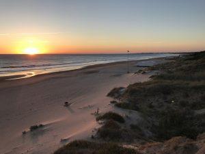 Sonnenuntergang am Playa La Barrosa Andalusien