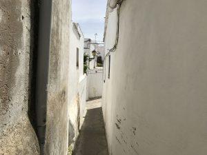 Enge Gasse in Vejer de la Frontera - Andalusien