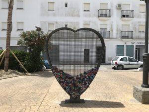 Mülltrennung im weißen Dorf Vejer de la Frontera