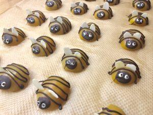 Dekoration für Bienenkuchen